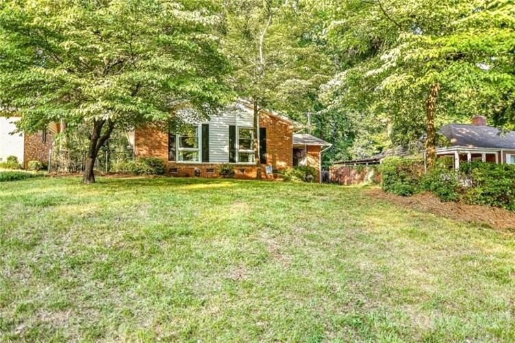 1554 Wickham Lane, Charlotte, NC 28208