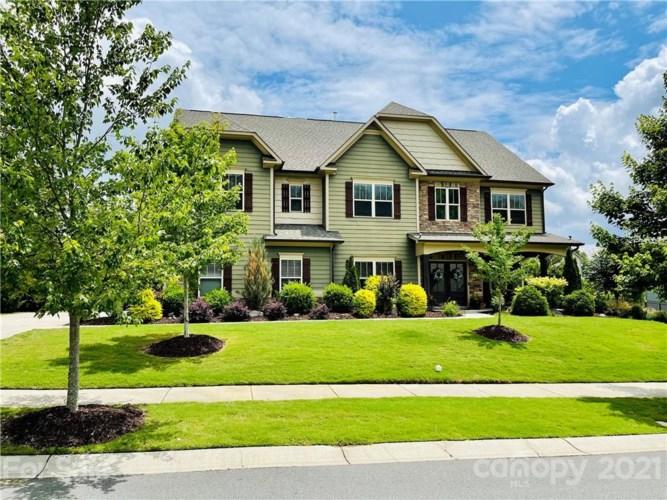 13402 Crystal Springs Drive, Huntersville, NC 28078