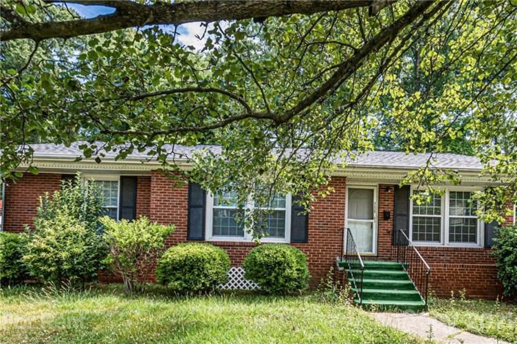 4220 Westridge Drive, Charlotte, NC 28208