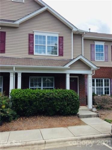3010 Golden Dale Lane, Charlotte, NC 28262