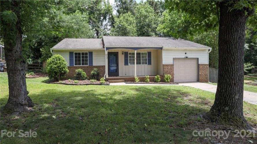 912 Bedrock Road, Charlotte, NC 28270
