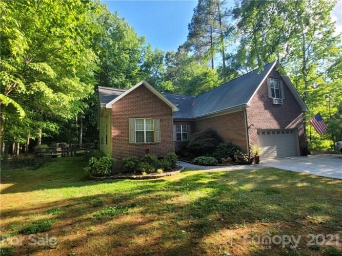 3639 Robin Lane, Charlotte, NC 28269