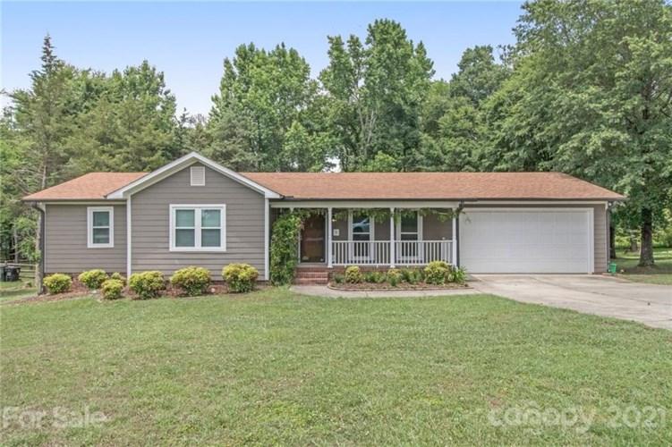 2430 Roberta Road, Concord, NC 28027