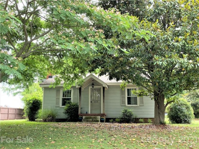 1613 Russell Courtney Road, Monroe, NC 28110