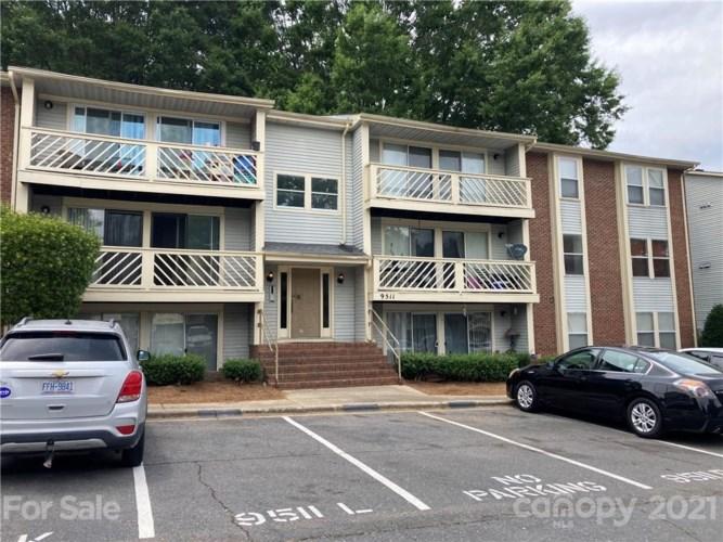 9511 Shannon Green Drive #L, Charlotte, NC 28213