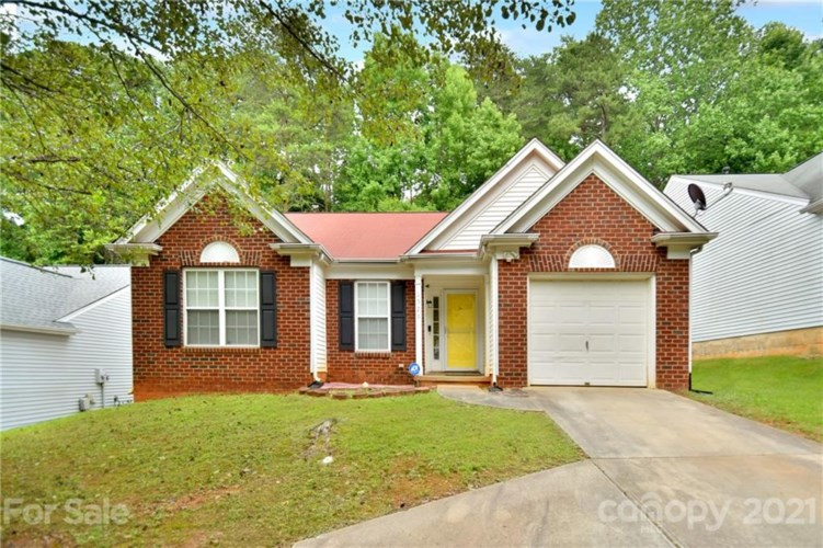 1526 Rumstone Lane, Charlotte, NC 28262