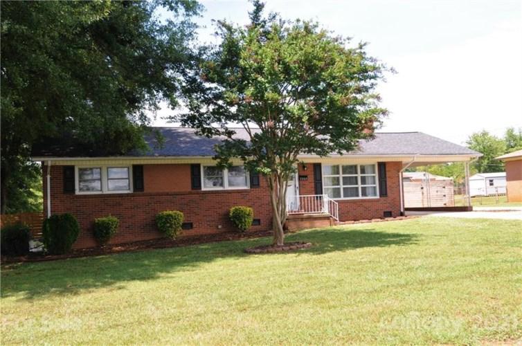 2805 Highland Drive, Lincolnton, NC 28092