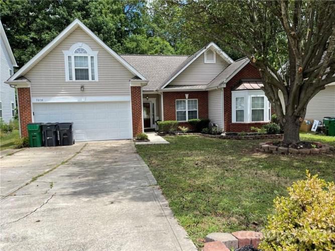 5838 Shining Oak Lane #299, Charlotte, NC 28269