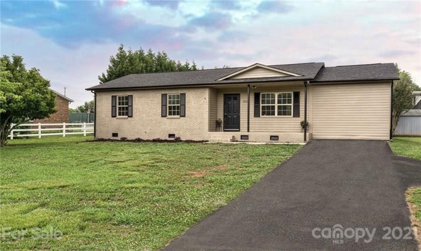 3212 Wike Road, Catawba, NC 28609