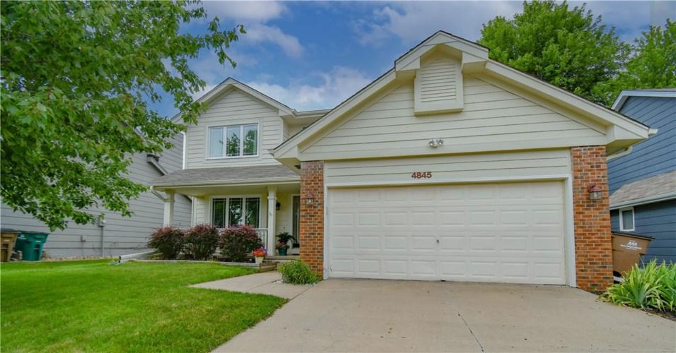 4845 Hawthorne Drive, West Des Moines, IA 50265