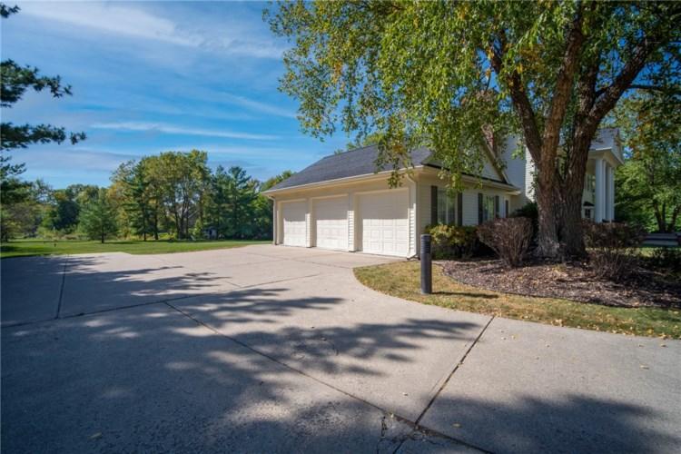4700 Ashworth Road, West Des Moines, IA 50265