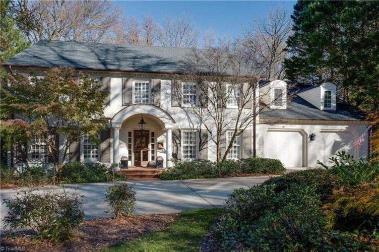 1204 Colonial Avenue, Greensboro, NC 27408