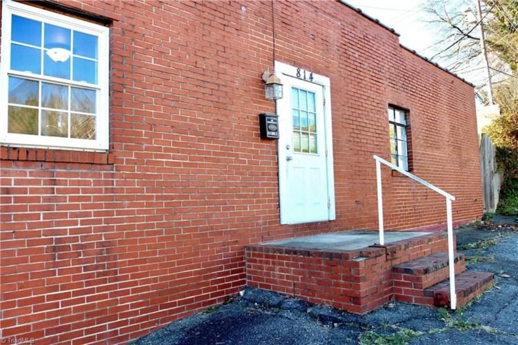 810 Main Street, North Wilkesboro, NC 28659