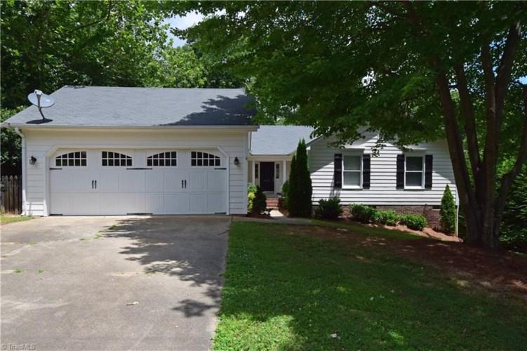 6406 Cardinal Wood Drive, Greensboro, NC 27410