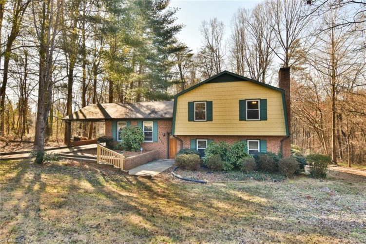 1910 Maple Leaf Court, Rural Hall, NC 27045