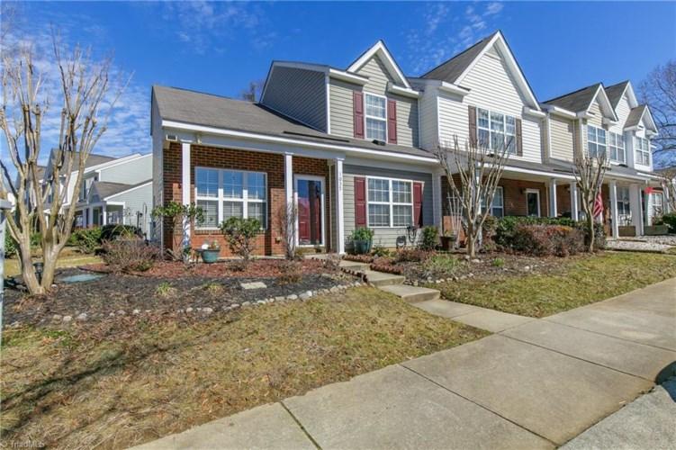 1035 Oak Blossom Way, Whitsett, NC 27377