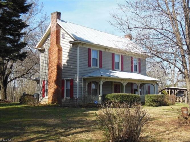 1392 S Friendship Road, Germanton, NC 27019