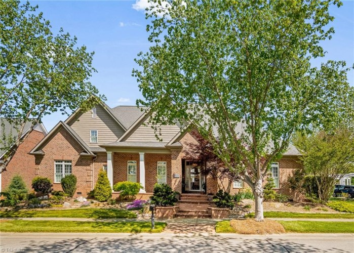 5134 Ballincourt Lane, Winston Salem, NC 27104