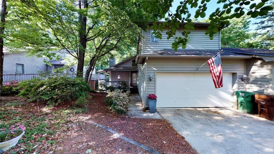 406 Chester Woods Court, High Point, NC 27262