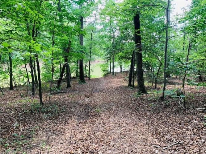 141 Western Trail, Carthage, NC 28327