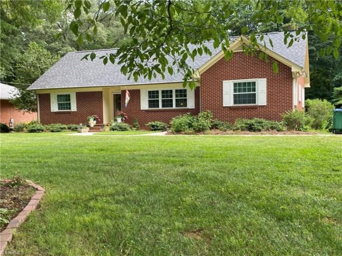 438 Academy Street, Rural Hall, NC 27045