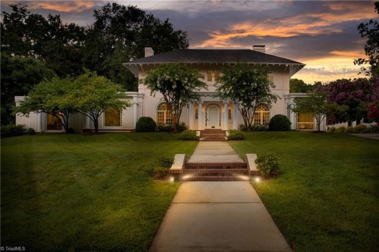 206 Sunset Drive, Greensboro, NC 27408