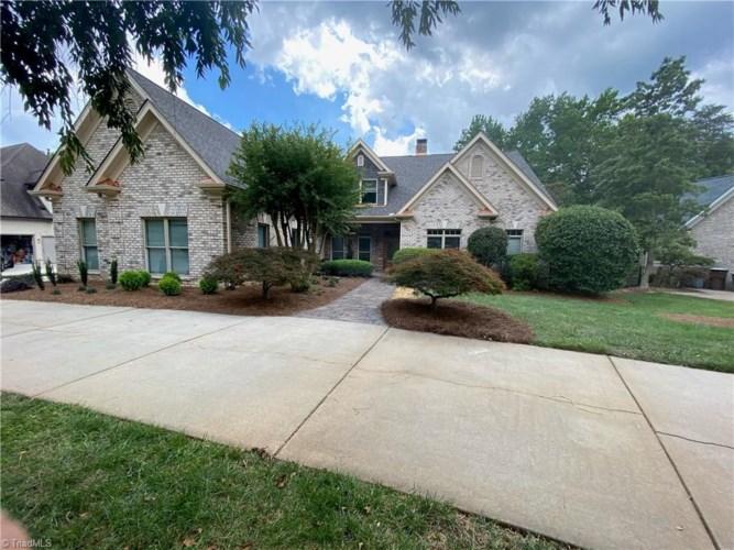3003 Starmount Farms Drive, Greensboro, NC 27408