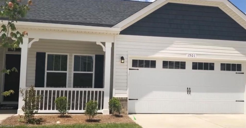 1697 Coopers Hawk Drive, Kernersville, NC 27284