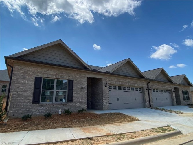 322 Kingsfield Forest Drive, Archdale, NC 27263