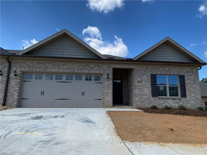 320 Kingsfield Forest Drive, Archdale, NC 27263