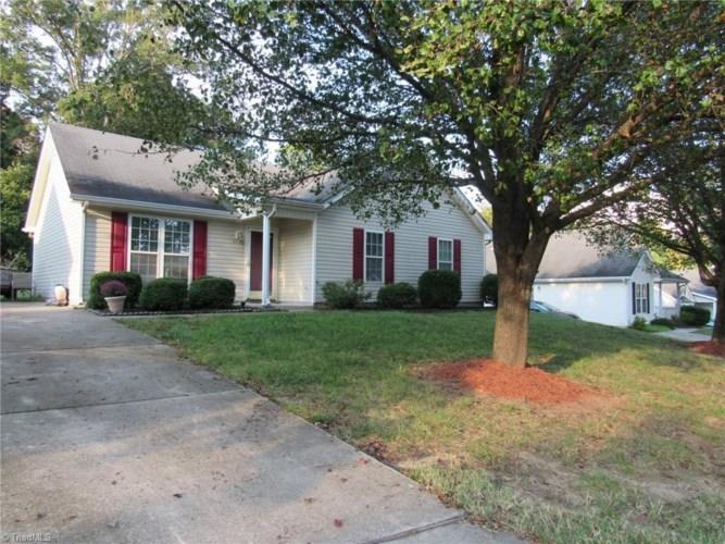 5405 Bradburn Drive, McLeansville, NC 27301
