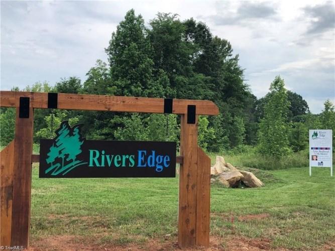 2516 Rivers Edge Road, Summerfield, NC 27358