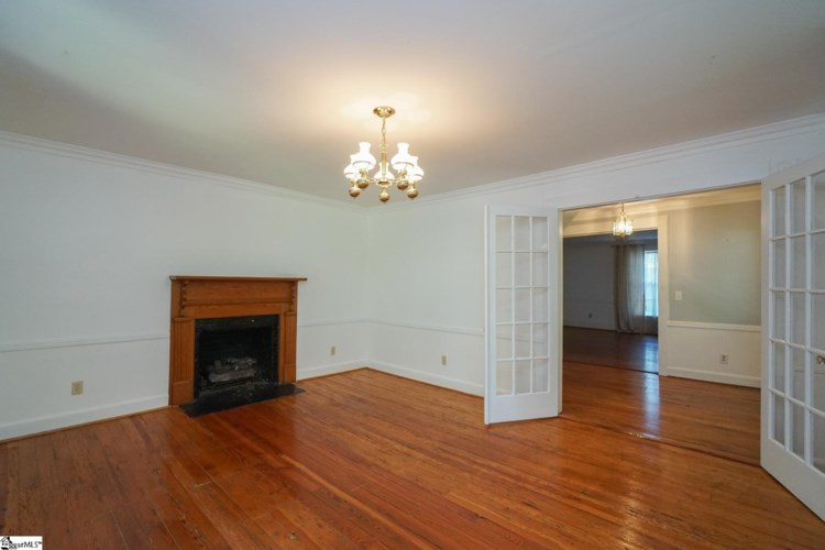 4541 State Park Road, Greenville, SC 29609