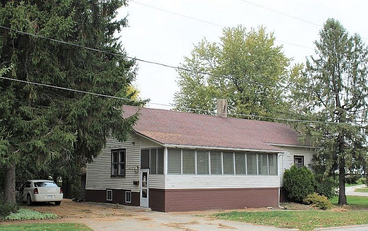 312 N. Center Avenue, Galva, IL 61434