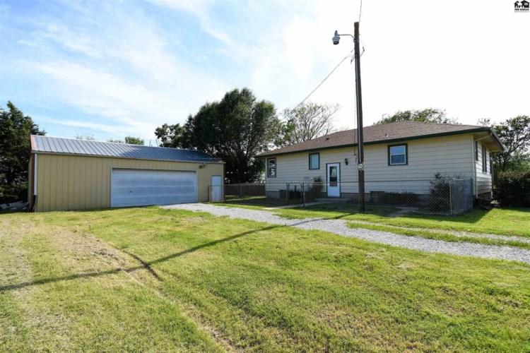1609 Comanche Rd, McPherson, KS