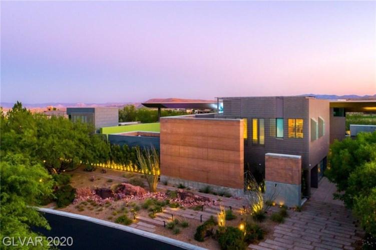 7 SABLE RIDGE Court, Las Vegas, NV 89135