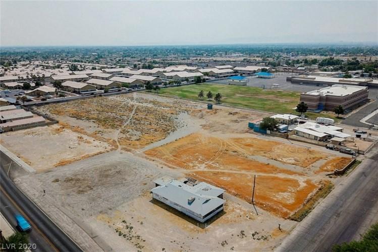 3001 Coran Lane, Las Vegas, NV 89106