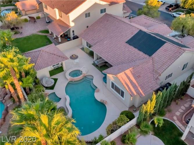 9656 Phoenician Avenue, Las Vegas, NV 89147
