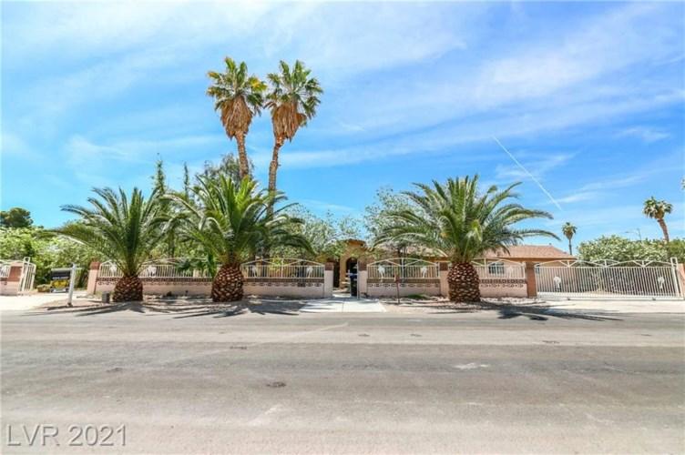 2021 Mills Circle, Las Vegas, NV 89106