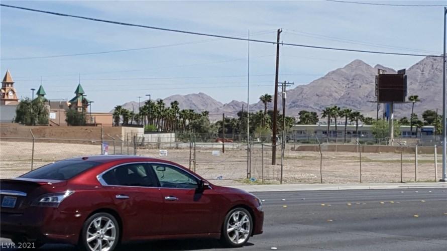 4000 E Desert Inn Road, Las Vegas, NV 89121