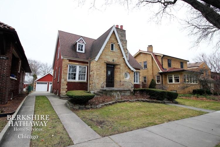10505 S Leavitt Street, Chicago-Beverly, IL 60643