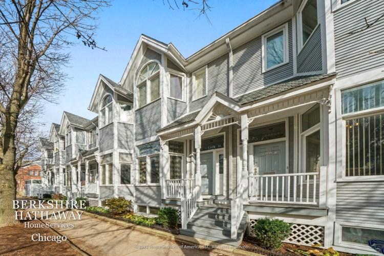 3037 N Lakewood Avenue, Chicago-Lake View, IL 60657