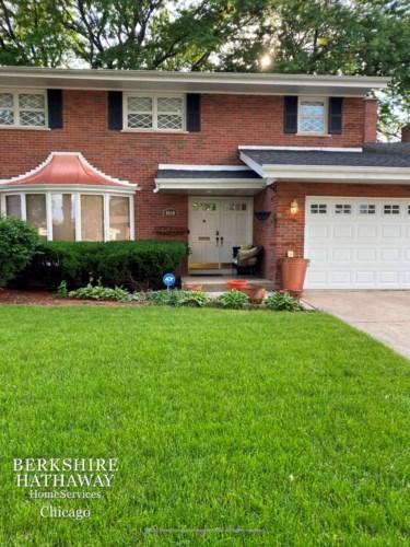 9020 S Francisco Avenue, Evergreen Park, IL 60805