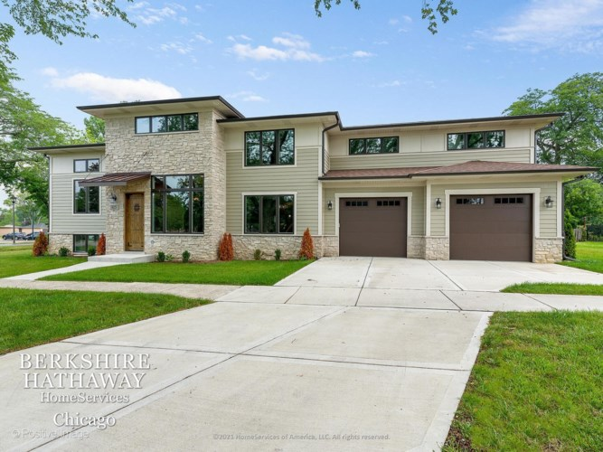 815 S Kearsage Avenue, Elmhurst, IL 60126