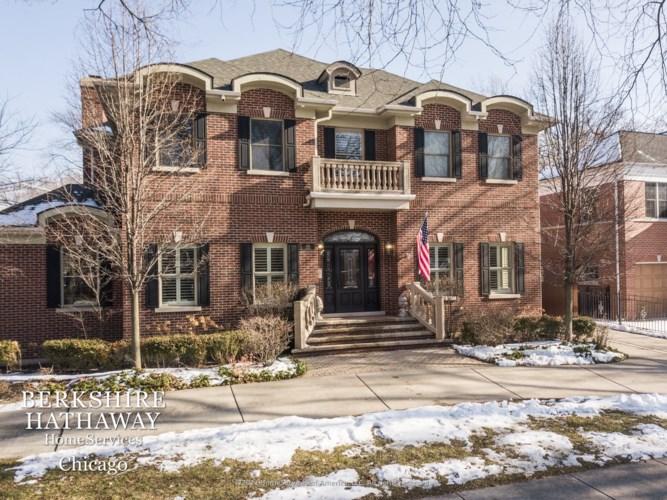815 S Knight Avenue, Park Ridge, IL 60068