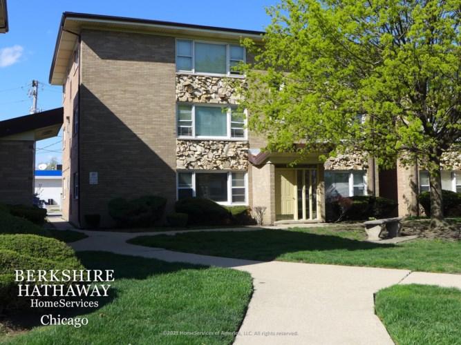 3180 W Meadow Lane Drive #44, Merrionette Park, IL 60803