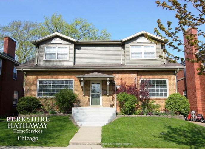 9418 S Hamilton Avenue, Chicago-Beverly, IL 60643