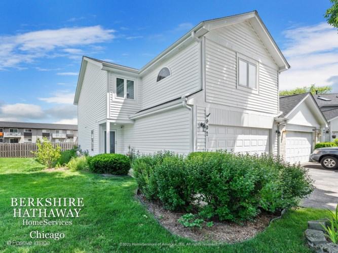902 Jordan Court, Westmont, IL 60559