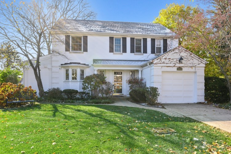 2915 Orchard Lane, Wilmette, IL 60091