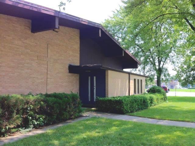 1001 S Linneman Road, Mount Prospect, IL 60056